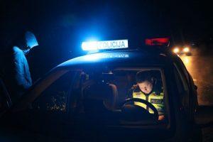 Raseinių rajone žuvo automobilio partrenktas 17-metis pėsčiasis