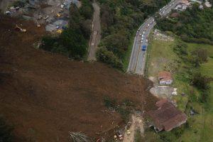 Žemės nuošliauža Kolumbijoje pražudė devynis žmones