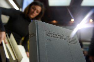 """Naujasis A. Hitlerio """"Mein Kampf"""" leidimas – Vokietijos bestseleris"""