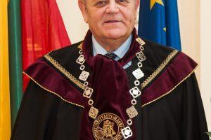 Skaudi netektis: mirė VDU profesorius P. Zakarevičius