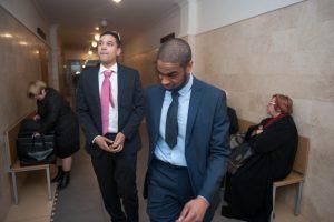 Dilema teismui: kas rasistai – kaltinamieji ar nukentėjusieji?