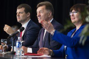 Seimo socialdemokratai surinko parašus prieš G. Palucko norus