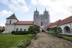 Nuosprendis dėl gaisro Tytuvėnų vienuolyne lieka galioti