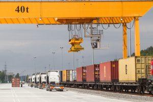 Šiemet krovinių vežimo apimtys išaugo iki 90 mln. tonų