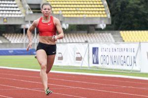 Greičiausia Lietuvos sprinterė L. Grinčikaitė stabdo karjerą