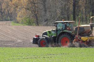 Traktoriaus pervažiuotas alytiškis neišgyveno