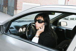 Draugystė su mobiliuoju automobilyje nenaudinga