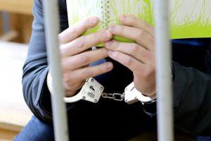 Dėl nusikaltimų grąžinant žemę bus teisiami aštuoni asmenys