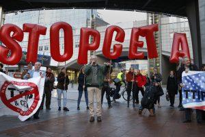 Valonų kova su CETA