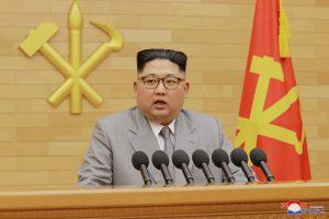 Kodėl Š. Korėjos vadas pakeitė įvaizdį?