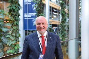 V. Mazuronis: neįgaliųjų integracijos srityje dar reikia padirbėti