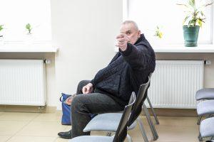 Pogrindinio kalėjimo Kauno daugiabutyje byla: įtariamasis smurtavo ir teisme