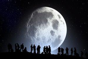 Mėnulis yra drėgnesnis, negu lig šiol manyta