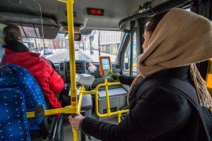Metai su elektroniniu bilietu maršrutiniuose taksi: kas pasikeitė?