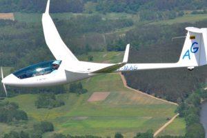 Prienų rajone nukrito kauniečio pilotuotas sklandytuvas