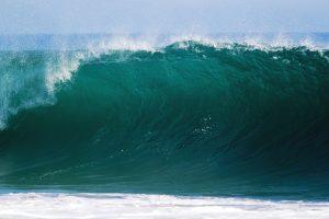 Rekordas: Atlanto vandenyne – 19 metrų aukščio banga