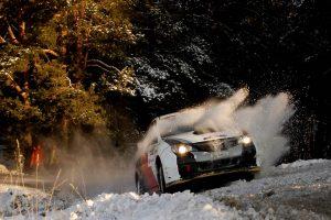 """""""Halls Winter Rally"""" žada pramogas greičio aistruoliams"""