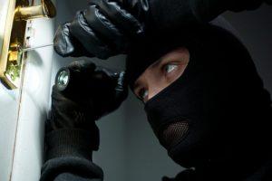 Iš buto Kėdainiuose pavogta 13 tūkst. eurų