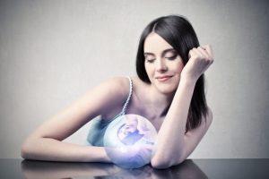 Dienos horoskopas 12 zodiako ženklų (balandžio 12 d.)