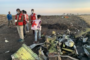 """Po dviejų katastrofų daugėja klausimų dėl lainerių """"Boeing 737 MAX"""" saugumo"""