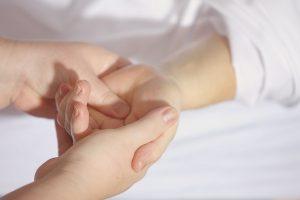 Riešo traumos žiemą: ką svarbu žinoti?