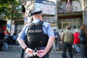 Vokietijoje – pagrobimo drama, policija ieško lietuvio
