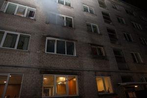 Marijampolės daugiabutyje kilo gaisras, evakuota beveik 40 žmonių