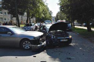 Klaipėdoje į avariją pateko policijos pareigūnai