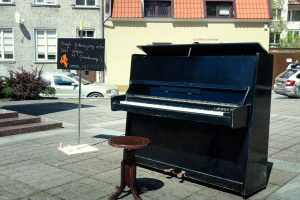 Gyventojai kviečiami dovanoti nereikalingus pianinus