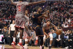 """NBA: """"Cavaliers"""" pralaimėjo trečią kartą iš eilės"""