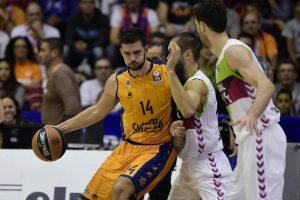 """Europos taurė: Ispanijos klubų dvikovą laimėjo """"Valencia basket"""""""