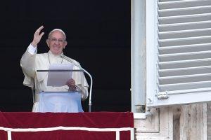 Popiežius: nusikaltę pedofilai turi būti griežtai baudžiami