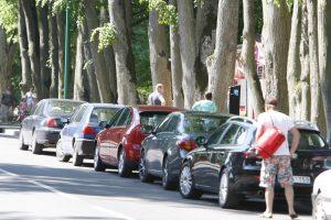 Dėl ryšio trikdžių – bauda už automobilio stovėjimą