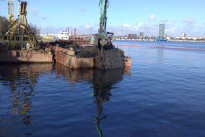 """Kuršių marių akvatorija išvalyta nuo laivų """"kapinyno"""""""