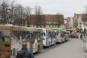Kelionės miesto autobusais nebrangs