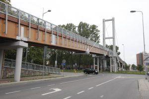Vėl susikibo dėl pėsčiųjų tilto