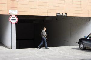 Iš požeminio garažo Klaipėdoje pavogtas visureigis
