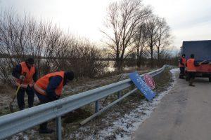 Uždraustas eismas apsemtame Šilutė–Rusnė kelio ruože