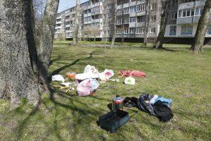 Kieme išvertė bjaurias atliekas