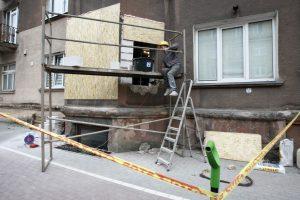 Krano sugriauta siena jau atstatyta