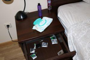 Trys prostitucija Klaipėdoje besiverčiančios moterys nubaustos baudomis