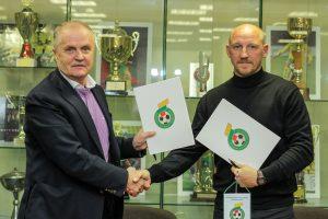 LFF bendradarbiaus su A. Skarbaliumi ugdant jaunimą