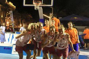 LSU merginos – Europos universitetų trijulių krepšinio vicečempionės