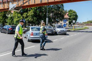 """Priestočio gatvėje """"Audi"""" taranavo """"Opel"""" automobilį"""