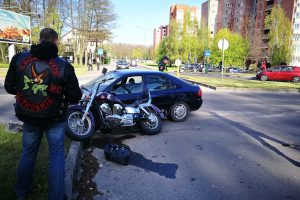 Per avarijas vis dažniau nukenčia motociklininkai ir senjorai