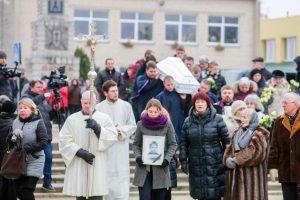 Prokuroras: baigta tirti Kėdainiuose užmušto mažojo Mato byla, bet džiaugsmo nėra
