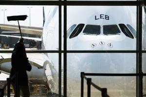 Londono oro uoste keleivinis lėktuvas vos nesusidūrė su bepiločiu orlaiviu