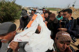 Per Izraelio smūgį iš oro Gazos ruože žuvo vaikas