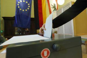 A. Merkel partija patyrė istorinį pralaimėjimą