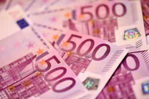 Iš viešbučio kambario dingo 10 tūkst. eurų